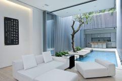 piscine intérieur exterieur luxe